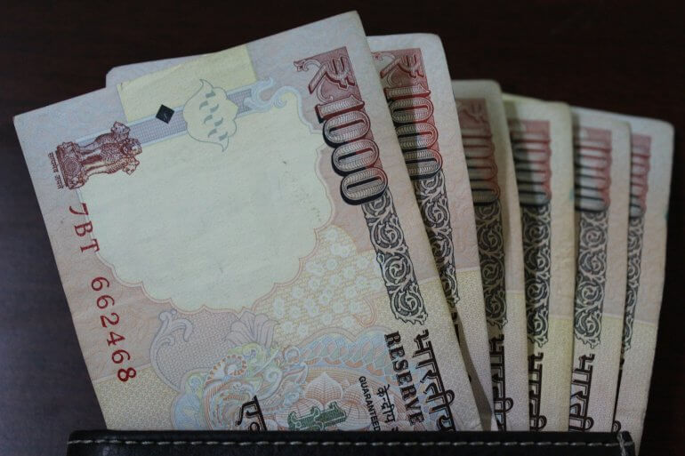 currency-946932_1920
